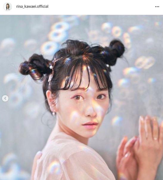 """川栄李奈、幻想的な""""ツインお団子ヘア""""SHOTに感嘆の声「本当に綺麗」「妖精さんみたい」サムネイル画像!"""