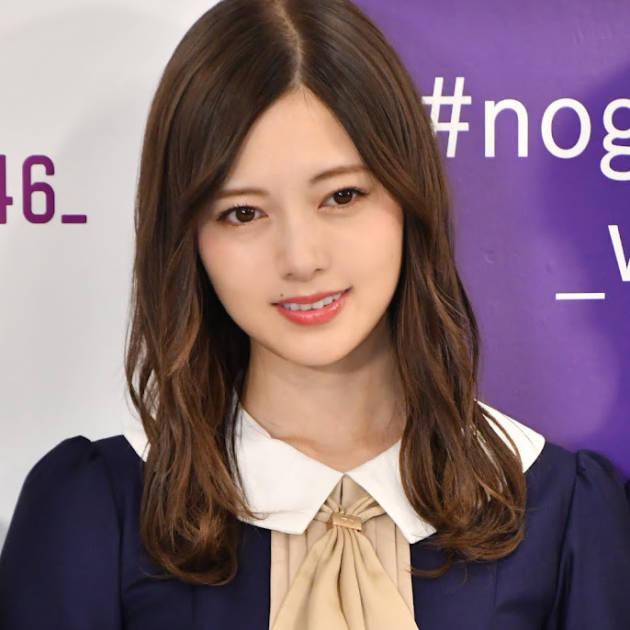 白石麻衣、向日葵に顔を寄せる微笑みSHOTにファンうっとり「夏の女神様!」「人類一かわいい」サムネイル画像!