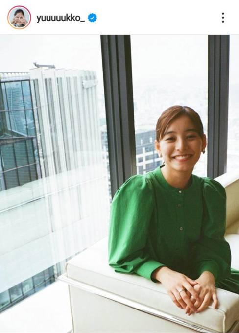 新木優子、田中みな実撮影の笑顔SHOTに絶賛の声「可愛いの塊」「本当にお美しい」