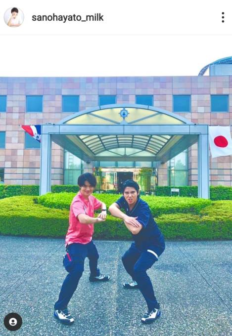 佐野勇斗、『TOKYOMER』賀来賢人らとの2SHOTに反響「推しと推し」「ナイスコンビ」