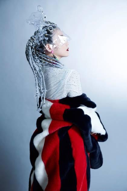 アジア発の謎に包まれた新時代トリリンガルシンガーMeiMei、「never ever」を世に放つサムネイル画像!