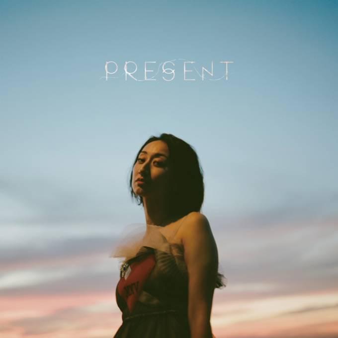 Ms.OOJA、メジャーデビュー10周年を飾る渾身のオリジナルアルバム「PRESENT」リリースを記念して、発売日当日10月6日(水)21:00よりYouTube Liveにてスペシャルライブ配信が決定