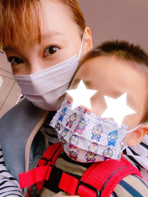 保田圭、息子とのお出かけ2SHOT公開「電車に乗った影響か… 」サムネイル画像!